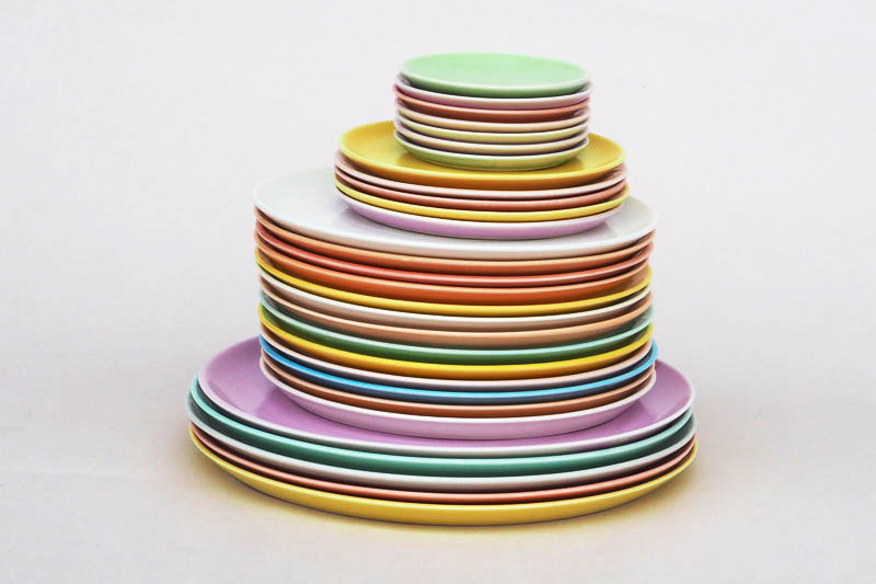 Teller aus Porzellan